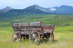 Carro de madeira antigo Fotos de Stock