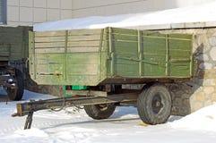 Carro de madeira do vintage Imagens de Stock Royalty Free