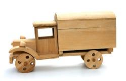 Carro de madera del juguete Imagenes de archivo