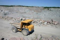 Carro de mina Imágenes de archivo libres de regalías