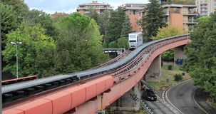 Carro de Minimetro en Perugia, Italia almacen de video