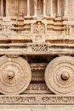Carro de piedra en el templo de Vittala. Hampi, la India imagen de archivo