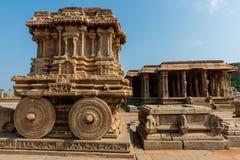 Carro de piedra en el templo de Vittala en Hampi, la India imágenes de archivo libres de regalías