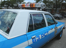 Carro de polícia de NYPD Plymouth do vintage na exposição Imagem de Stock Royalty Free