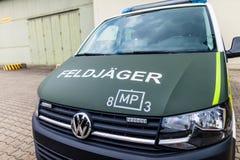 Carro de polícia militar alemão Fotografia de Stock