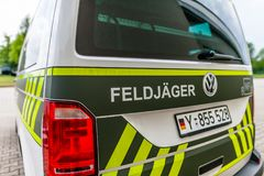 Carro de polícia militar alemão Imagens de Stock Royalty Free