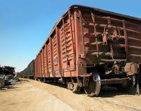 Carro de trem oxidado imagem de stock