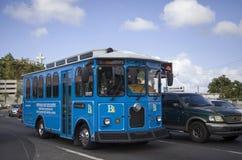 Carro de trole que opera-se na cidade de Bayamon Porto Rico fotografia de stock