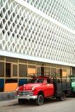 Carro de turquesa do vintage em Havana Cuba imagem de stock royalty free
