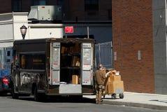 Carro de United Parcel Service Imágenes de archivo libres de regalías