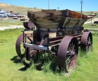 Carro del caballo de la antigüedad en el pueblo fantasma de Bodie Fotos de archivo libres de regalías