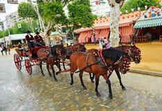Carro del caballo en la Sevilla justa, Andalucía, España Foto de archivo