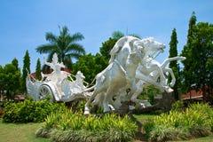 Carro del montar a caballo de Arjuna fotos de archivo