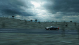 Carro desportivo preto na estrada, estrada Condução muito rápida rendição 3d Fotos de Stock