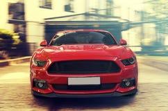 Carro desportivo vermelho imagem de stock royalty free