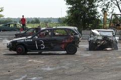 Carro destruído na ação Foto de Stock