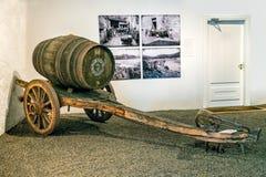 Carro dibujado buey para los barriles de vino, Gaia, Portugal fotografía de archivo libre de regalías