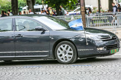 Carro diplomático de Argentina durante a parada militar ( Defile) no dia &#x28 da república; Bastille Day) Campeões Ely Imagens de Stock Royalty Free