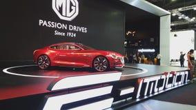 Carro do conceito da emoção de MG na exposição na 35a expo internacional do motor de Tailândia vídeos de arquivo
