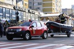 Carro do fogo de Dacia Duster fotos de stock