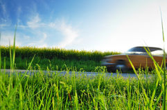Carro do passeio do verão Fotos de Stock Royalty Free
