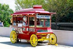 Carro do vendedor Fotografia de Stock Royalty Free