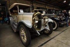 Carro do vintage do Phaeton alemão de NAG C4 10/30 do fabricante Imagem de Stock