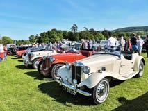 Carro do vintage na exposição automóvel Imagens de Stock Royalty Free