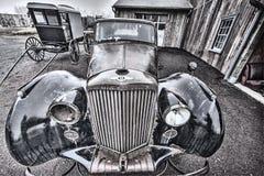 Carro e carrinho velhos de Amish imagem de stock royalty free