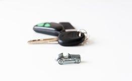 Carro e chaves Imagem de Stock Royalty Free