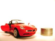 Carro e o dinheiro Fotos de Stock Royalty Free