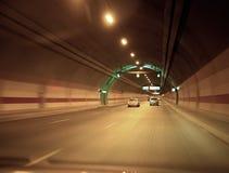 Carro e túnel Fotos de Stock Royalty Free