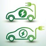 Carro elétrico cobrando Fotos de Stock Royalty Free