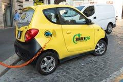 Carro elétrico do ngo da parte ' imagem de stock royalty free