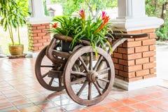 Carro floral Fotografía de archivo libre de regalías