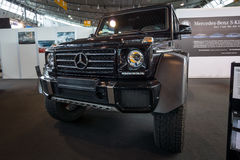 Carro fora de estrada Mercedes-Benz G500 4x4 2 Fotografia de Stock Royalty Free