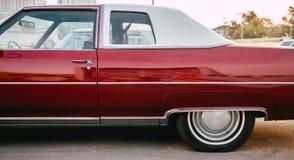 Carro fresco vermelho fotos de stock