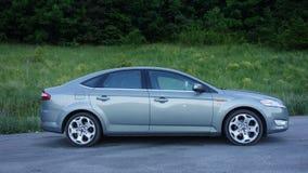 Carro grande da limusina do sedan com equipamento alta-tecnologia Fotografia de Stock Royalty Free