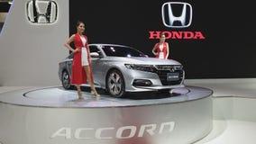 Carro híbrido de Honda Accord na exposição na 35a expo internacional do motor de Tailândia video estoque