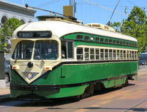 Carro histórico da rua de San Francisco (verde) Fotografia de Stock Royalty Free