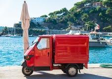 Carro italiano popular fotografia de stock royalty free