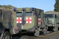 Carro militar de la ambulancia Imagen de archivo