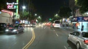 Carro montado conduzindo a movimentação da noite da câmera - Hollywood - lapso de tempo filme