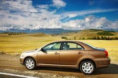 Carro na borda da estrada Imagem de Stock Royalty Free