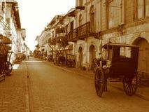Carro na cidade espanhola velha de Vigan Fotografia de Stock