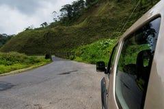 Carro no campo de Costa-Rica Imagens de Stock Royalty Free