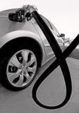 Carro no posto de gasolina Fotos de Stock