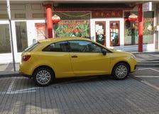 Carro novo amarelo do polo de Volkswagen em Bratislava Foto de Stock Royalty Free