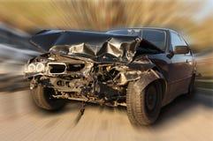 Carro novo danificado em um acidente. Imagem de Stock Royalty Free