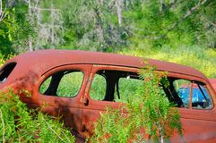 Carro oxidado Imagens de Stock Royalty Free